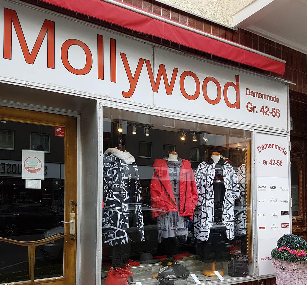 """Außenansicht des Geschäfts """"Mollywood-Moden"""" in Berlin"""